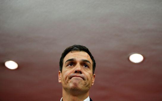 Pedro Sánchez, en la sede de Ferraz tras conocer los resultados electorales.