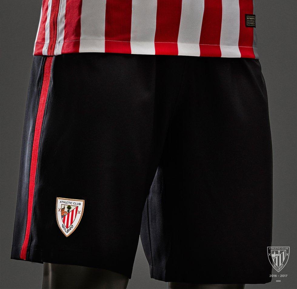 f91a67df36123 Nueva camiseta Athletic  El Athletic presenta su nueva camiseta ...