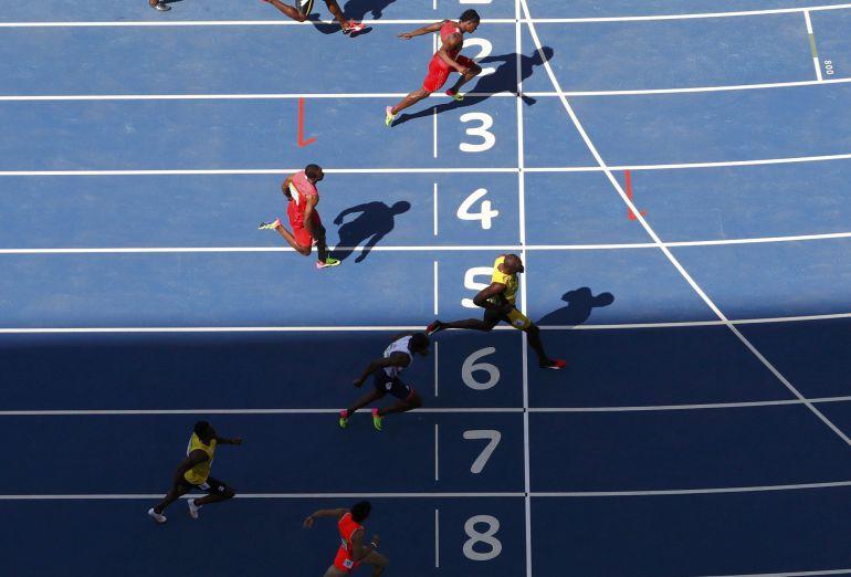 Usain Bolt llega primero de su serie