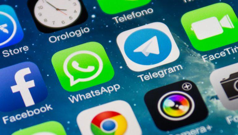 WhatsApp y Facebook compartirán los datos de sus usuarios.