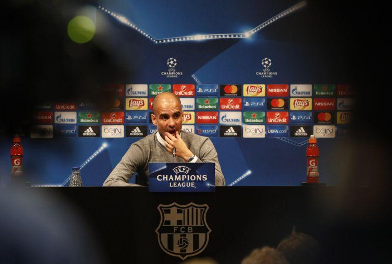 Guardiola, en la sala de prensa en Barcelona
