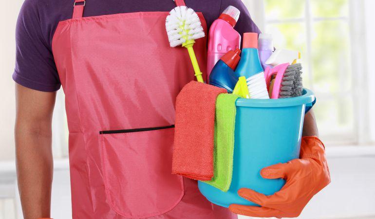 Las labores del hogar te pueden ayudar a estar en forma.