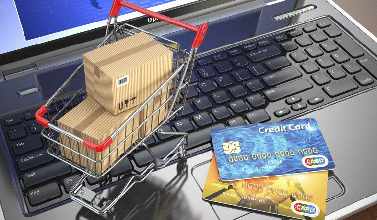 Hay que tener cuidado a la hora de comprar por Internet.