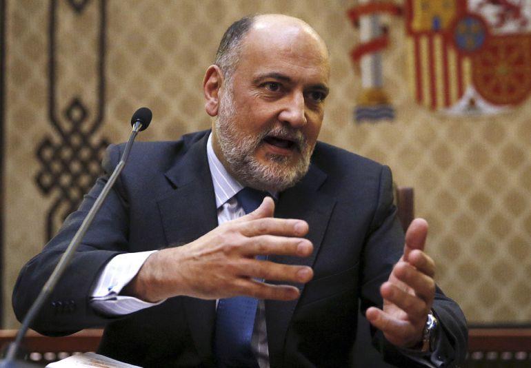 El presidente del Tribunal Constitucional, Francisco Pérez de los Cobos, durante la presentación de la nueva página web del tribunal