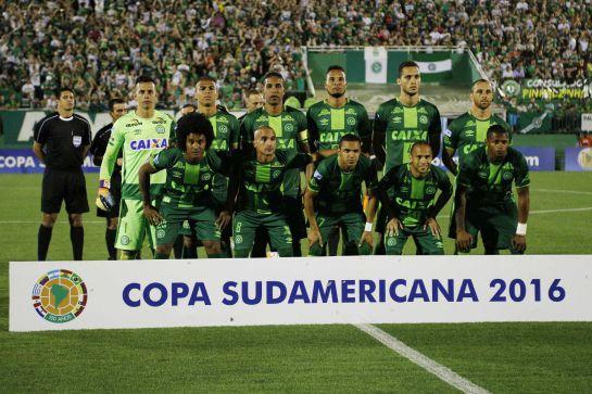 Fotografía del 23 de noviembre de 2016, de jugadores del Chapecoense