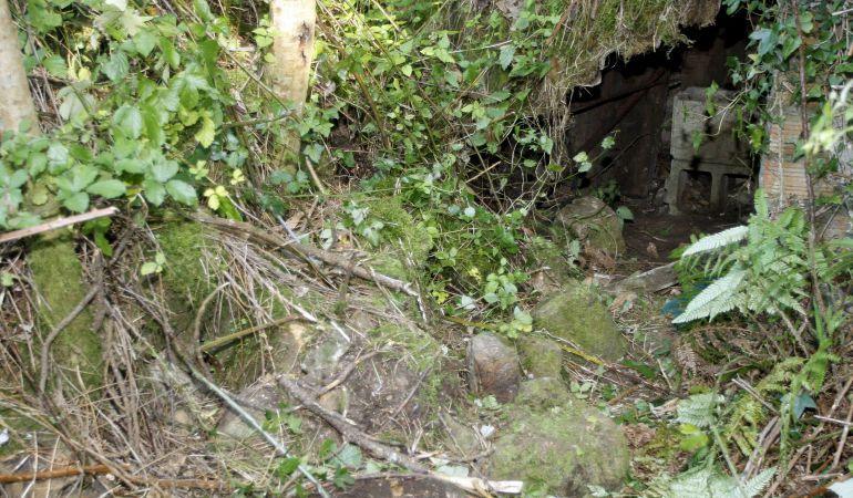 Foto de archivo de un zulo de ETA localizado por la Guardia Civil en julio de 2008 en las inmediaciones del barrio de Algorta, en Getxo