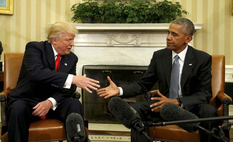 Donald Trump saluda a Barack Obama en su primer encuentro tras las elecciones
