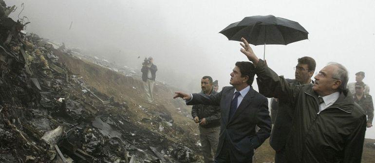 Federico Trillo, entonces ministro de Defensa, visitó el lugar del accidente del Yak-42 en 2003.