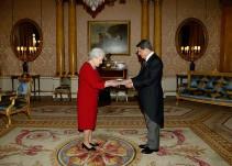 Moncloa sólo relevará a Federico Trillo de la embajada al acabar su mandato