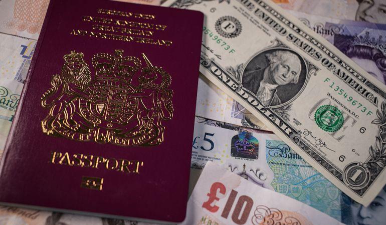 El pasaporte podría tener las horas contadas.