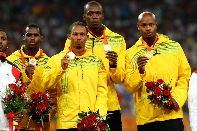 El equipo jamaicano que ganó el 4x400 en Pekín 2008 y que luego perdió la medalla por positivo de Nesta Carter.