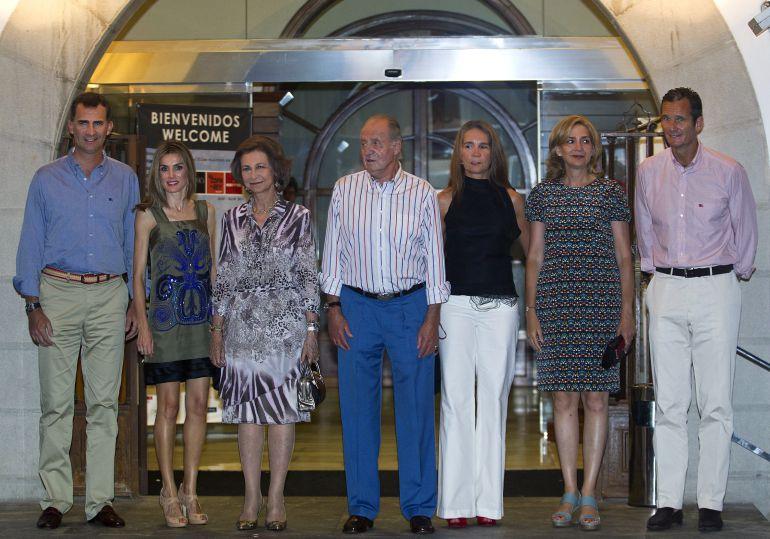 Los exduques de Palma con los reyes en la cena del 30 aniversario de la Copa del Rey de Vela en Mallorca en 2011