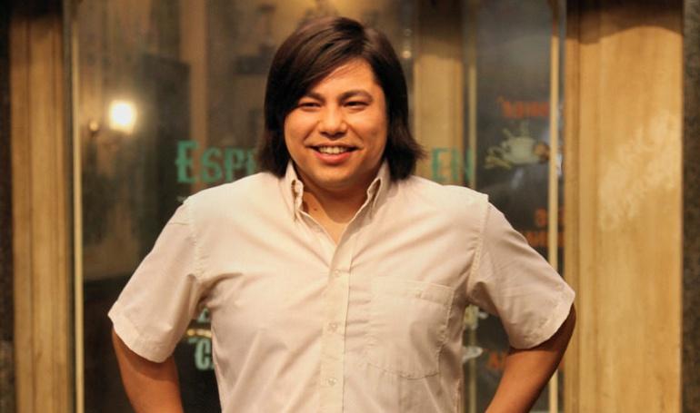 Óscar Reyes como Machupichu en 'Aída'