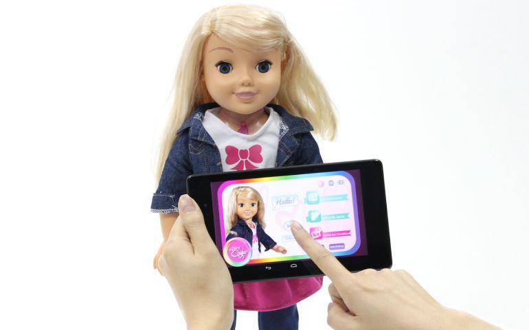 La muñeca puede perjudicar la privacidad de los menores.