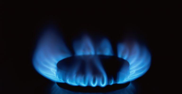 El PSOE propone que en caso de impago no se podrá cortar el suministro de gas durante 4 meses.