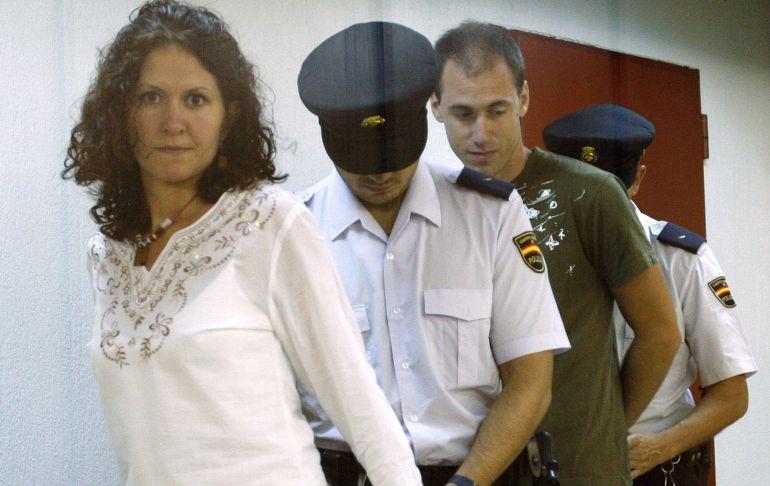 Mikel Orbegozo y Sara Majarenas, detenidos el 17 de febrero de 2005.