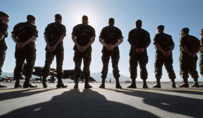 El servicio militar vuelve a Suecia.