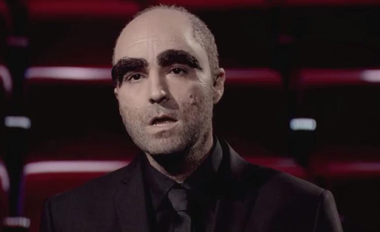 Raúl Pérez imita a Luis Tosar en 'Late Motiv'