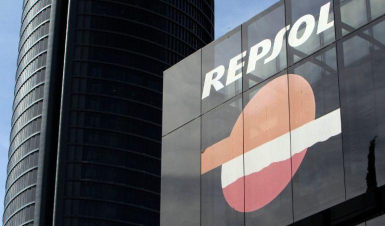 Fachada de la sede de Repsol