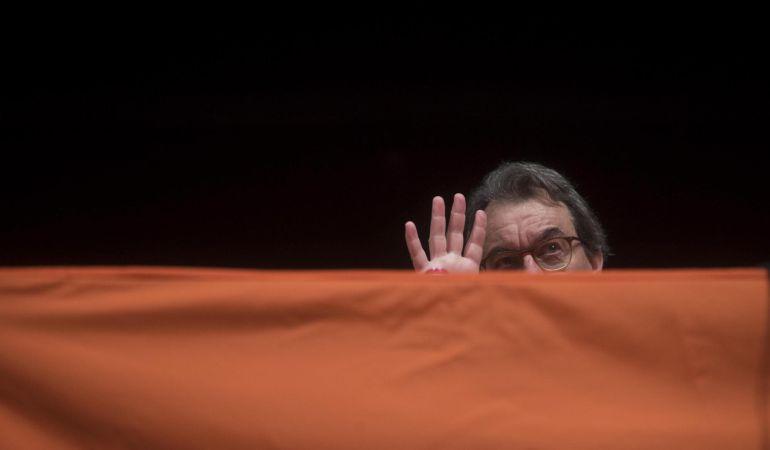 El expresidente de la Generalitat Artur Mas, durante su participación en un acto de Òmnium Cultural en Hospitalet de Llobregat (Barcelona).