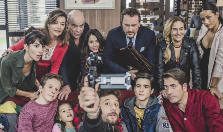El reparto principal de 'iFamily', la nueva comedia de TVE