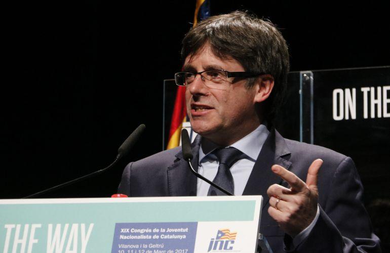 Puigdemont afirma que Europa advierte a España de que no va por buen camino