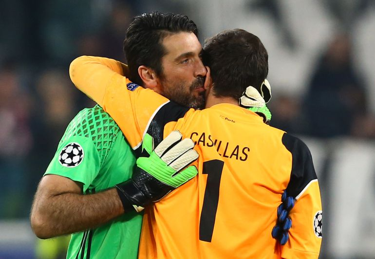 Casillas se despide de Buffon