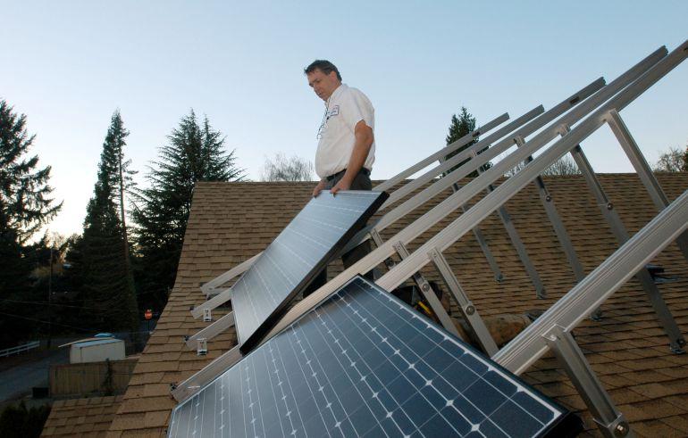Los votos de PP y Ciudadanos han impedido eliminar el llamado impuesto al sol (impuesto al autoconsumo energético).
