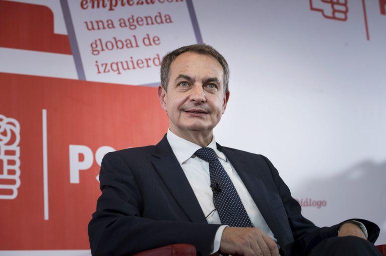 El expresidente José Luis Rodríguez Zapatero, durante la conferencia del PSOE sobre 'El futuro empieza con una agenda global de izquierdas', en el Círculo de Bellas Artes de Madrid