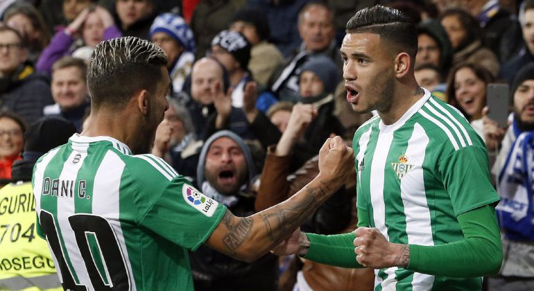 Los jugadores del Betis celebran un gol en el Bernabéu