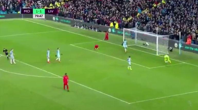 Lallana, desesperado tras fallar un gol cantado