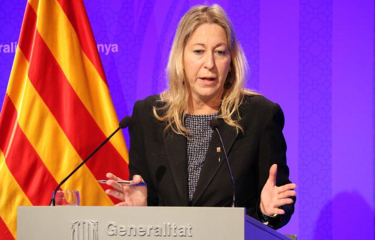 La consellera de la Presidencia del Govern, Neus Munté, en una rueda de prensa