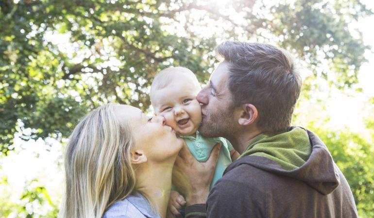 Estos son los múltiples beneficios de los besos para la salud.