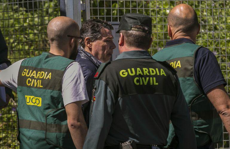 Ignacio González es trasladado desde la Comandancia General de la Guardia Civil en Tres Cantos a la Audiencia Nacional