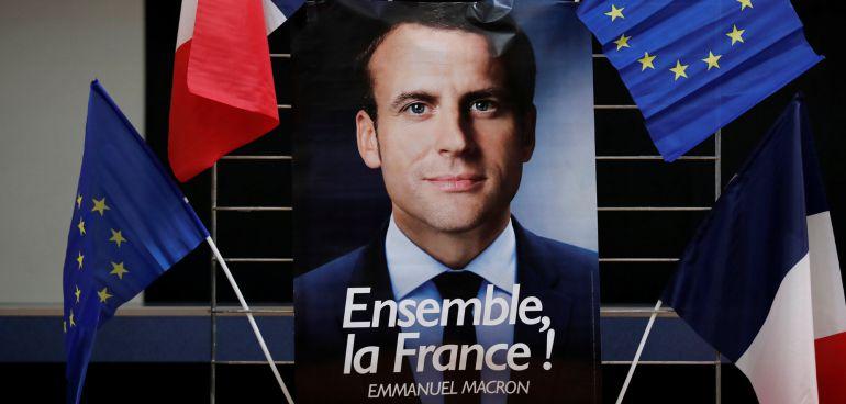 Cartel electoral de Emmanuel Macron, líder del movimiento En Marcha.