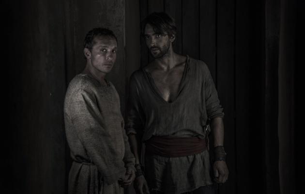 Pablo Derqui y Aitor Luna en 'La Catedral del Mar'