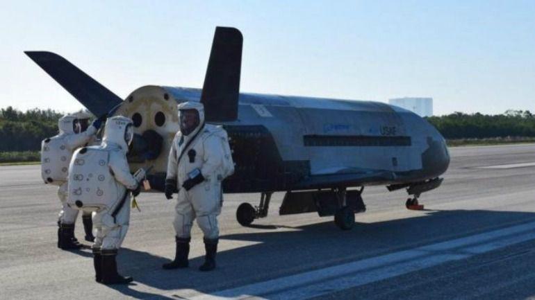 """Es la cuarta misión que el """"X-37B"""", la nave espacial militar de Estados Unidos, realiza en el espacio desde que despegó por primera vez en el año 2010."""