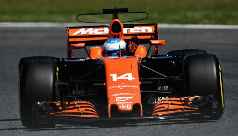 Alonso con su McLaren durante la sesión de calificación