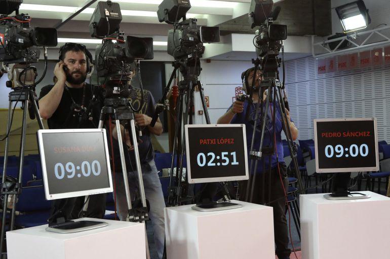 Fotografía facilitada por el PSOE de los preparativos del debate