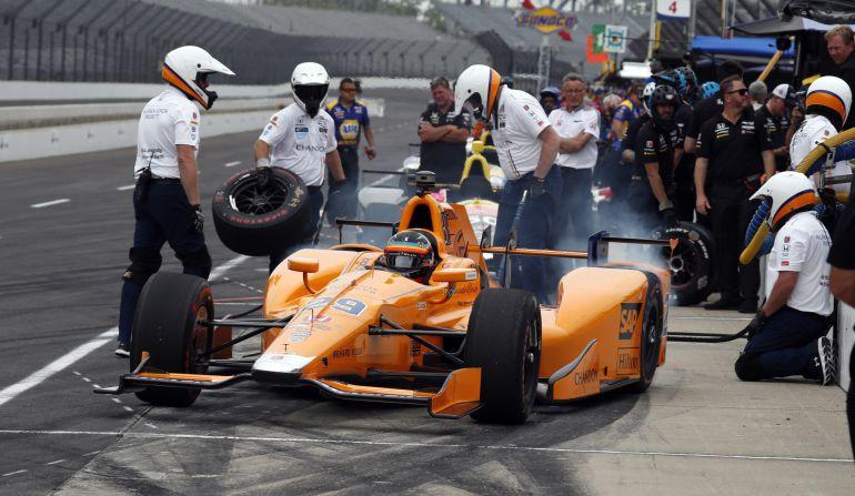 Fernando Alonso, en la cuarta sesión de entrenamientos de las 500 millas de Indianápolis.
