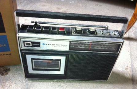 Radiocasete de la época.