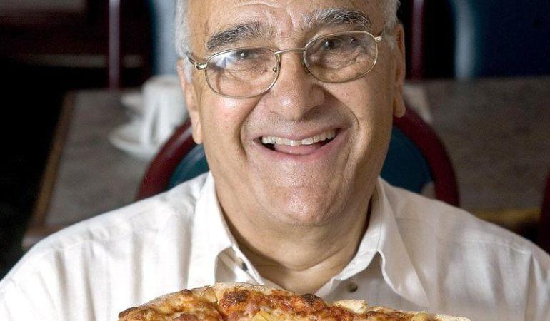 Sam Panopoulos, inventor de la pizza hawaiana.