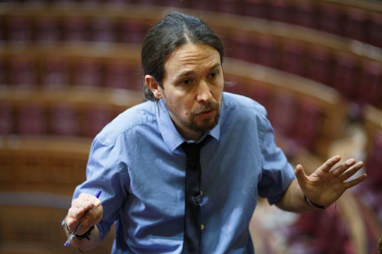 El líder de Podemos, Pablo Iglesias, durante una entrevista con la agencia Reuters