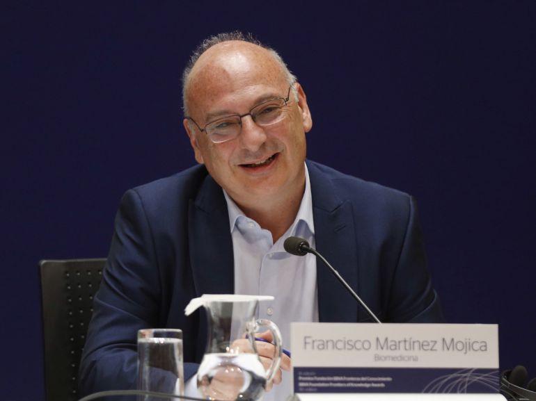 Francisco Martínez Mojica, premio Fundación BBVA Fronteras del Conocimiento en Biomedicina 2017, durante su comparecencia para explicar su revolucionaria técnica de edición genética, CRISPR.
