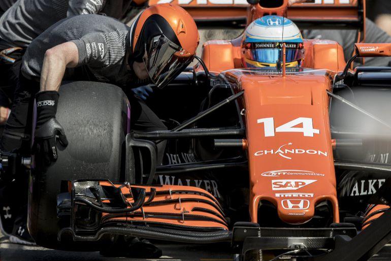 Fernando Alonso, en el GP de Canadá, en el que tuvo que retirarse cuando estaba en los puntos.
