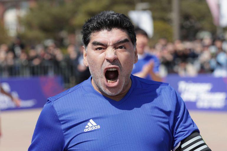 Maradona durante un acto publicitario