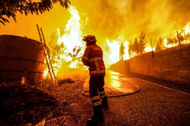 FOTOGALERÍA | Las imágenes de la lucha contra el fuego en Portugal