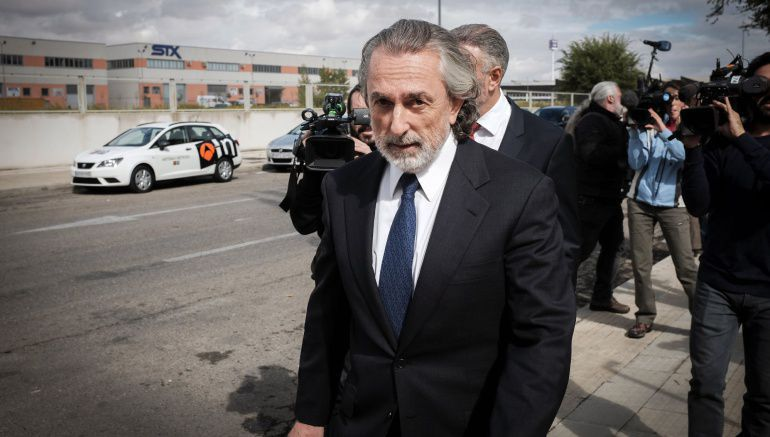 Francisco Correa a su llegada a declarar en el juicio de la Gürtel