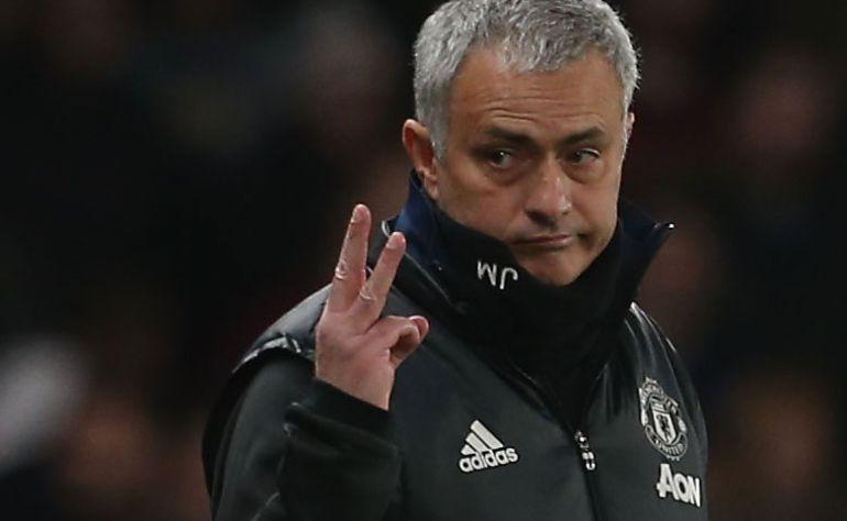 Mourinho gesticula durante un partido esta temporada con el Manchester United