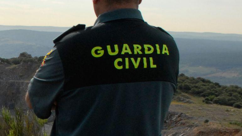 Los arrestados, de nacionalidad rumana, vendieron a su hija a un vecino de Lucena del Puerto (Huelva), también de origen rumano.